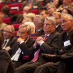 Wenig später war er Bundespräsident: Joachim Gauk auf dem BStBK-Kongress München 2011 mit Horst Vinken (li.) und Hartmut Schwab.