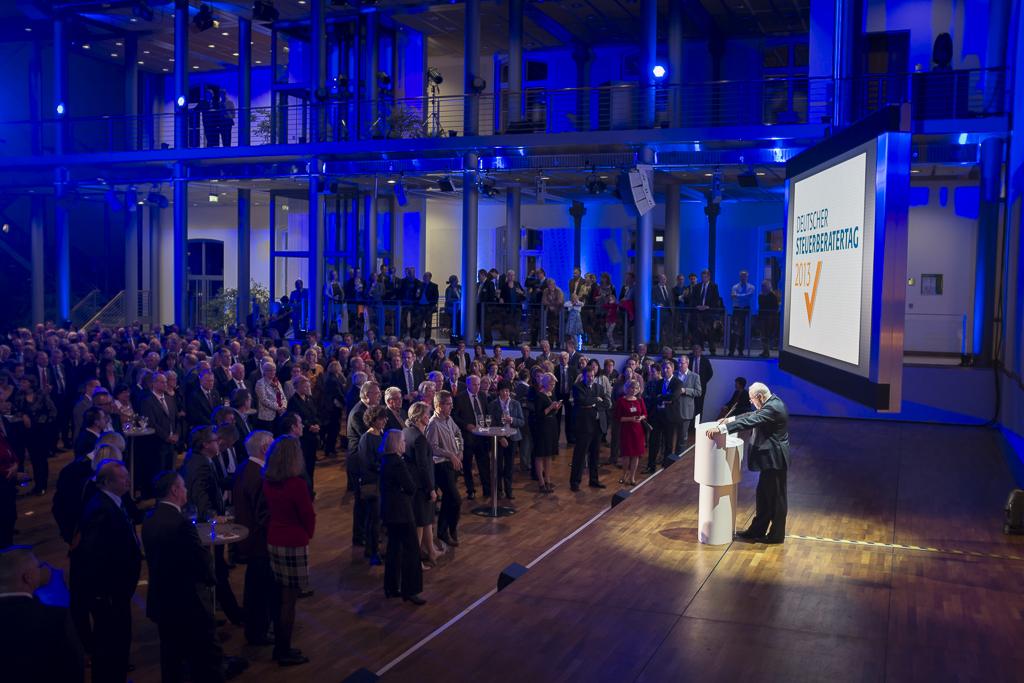 DStV-Präsident auf dem Eröffnungsabend des 36. Deutschen Steuerberatertags in der Hauptstadtrepräsentanz der Telekom