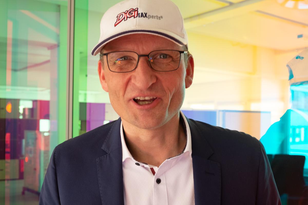 Martin Grau bei der Podcast-Aufzeichnung im Datev Lab in Nürnberg