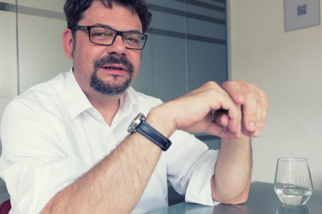 Stefan Kaumeier, dekodi